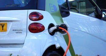 מהפכה עולמית של רכבים חשמליים